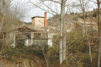 Aragosa. Fábrica abandonada de Los Heros