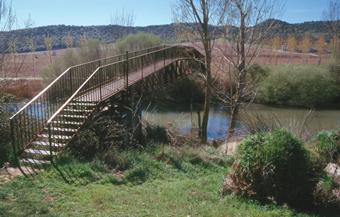 Carrascosa de Henares.- Puente sobre el río Henares