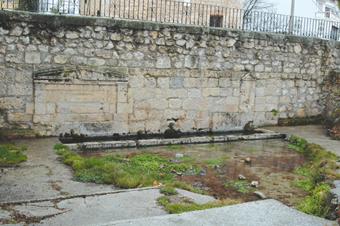 Fuente de Castejón de Henares