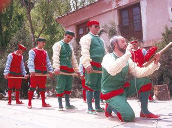Danzantes de la Virgen de la Hoz