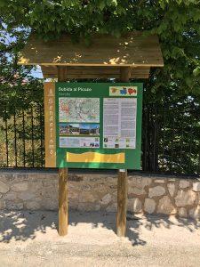 Panel informativo de una de las rutas