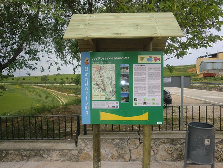 Uno de los paneles instalados en las rutas senderistas