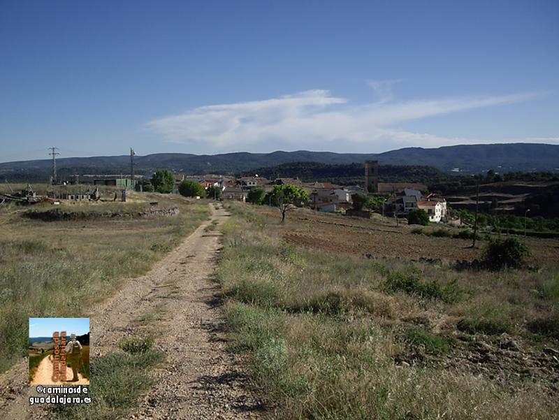 Camino a las Tetas de Viana