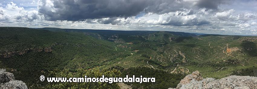El Alto Tajo desde el Castillo de Alpetea