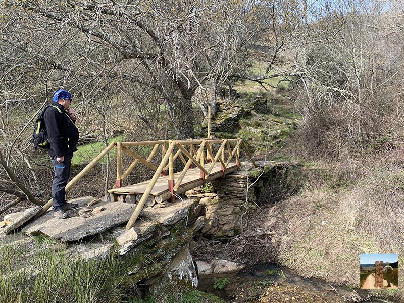 Nuevo puente de madera