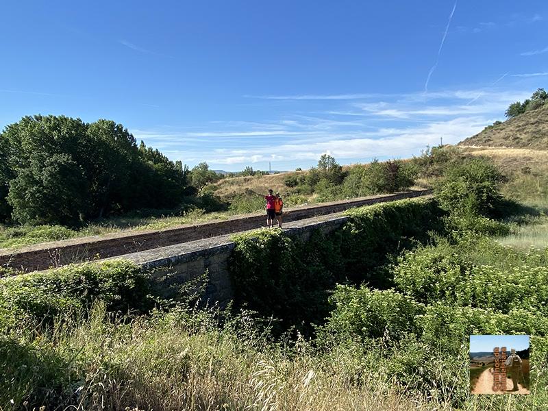 Acueducto de la La Tejada para salvar el arroyo de Valfrío